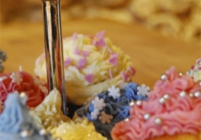 Afternoon Tea Cup Cakes | Catered Chalet Morzine